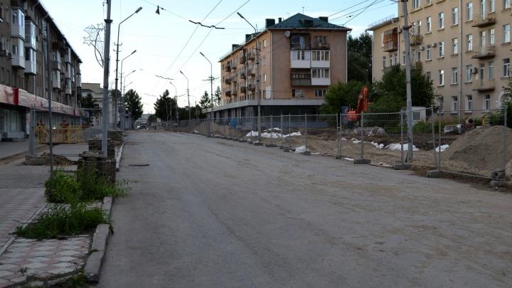 На улицу Ленина запретили поворачивать с прилегающей дороги из-за хлынувших во дворы водителей