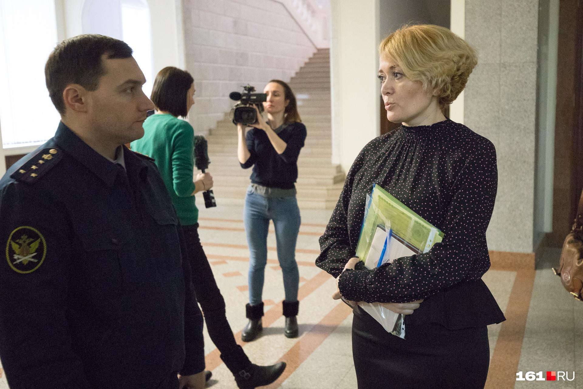В поддержку Анастасии выступали известные политики и журналисты