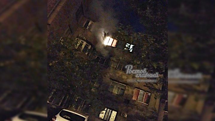 «Не было отопления, включили обогреватель»: в Ростове вспыхнул огонь в многоэтажке