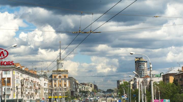 В ближайшие дни в Омской области ожидаются сильная буря и град