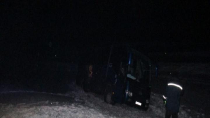 На трассе в аварии погибли шесть туристов из Красноярска. Ехали в Шерегеш