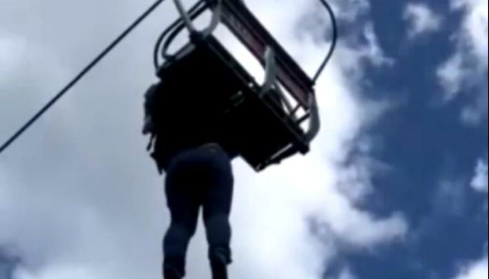«Сбросила сына»: в «Абзаково» началась проверка из-за падения жительницы Магнитогорска с подъёмника