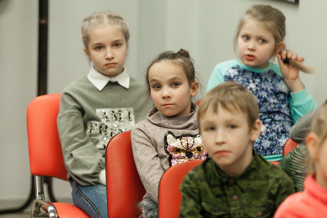 Детям легче всего запоминать информацию о правилах безопасности в игровой форме