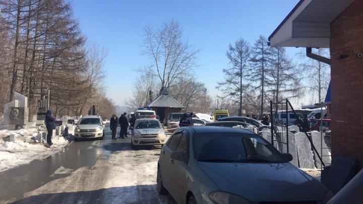 «Начали жаловаться, что их кидают»: почему застрелили двоих похоронщиков на челябинском кладбище