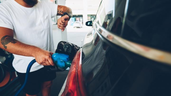 Четыре шанса на победу: сеть АЗС «Анита» дарит 4 000 литров бензина за заправку