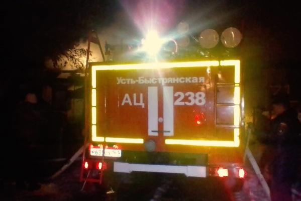 Сообщение о пожаре поступило в 2 часа ночи