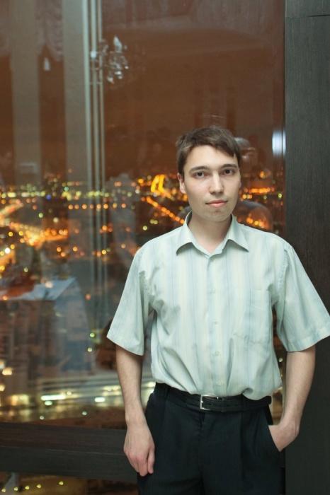 Константин пришел в сквер, чтобы снять протест для своего YouTube-канала, но тоже был задержан