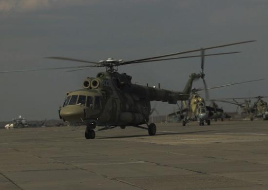 Новосибирские военные устроили ночные полёты на вертолётах «Терминатор»
