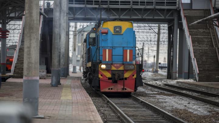 На железнодорожной станции в Новосибирске погиб 15-летний подросток
