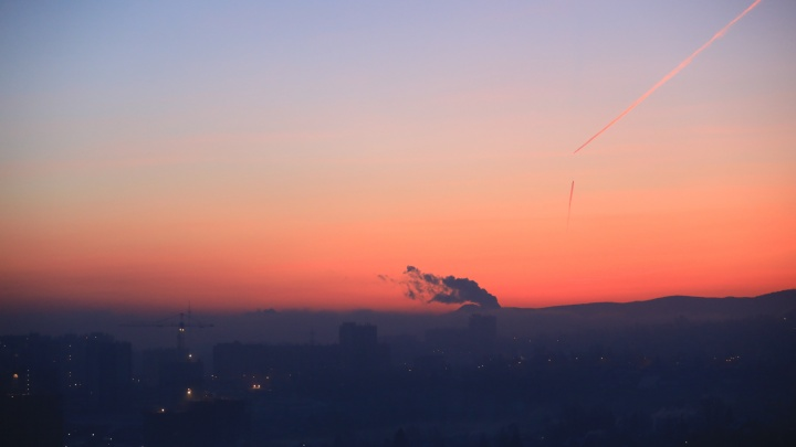 Красноярск заволокло едкой дымкой