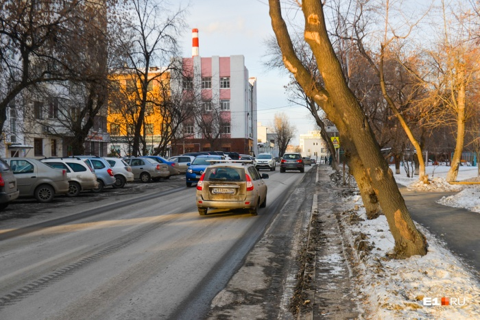 Улица Мельникова станет односторонней с 20 марта
