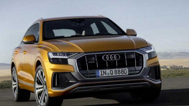 Audi раскрыла цены на свой главный джип Q8 с тремя экранами