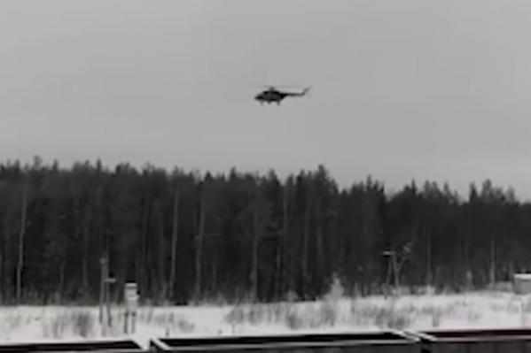 Активисты предположили, что вертолет был военный