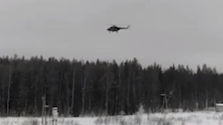 Неизвестный вертолет сделал круг над станцией Шиес. Экоактивисты засняли его на видео