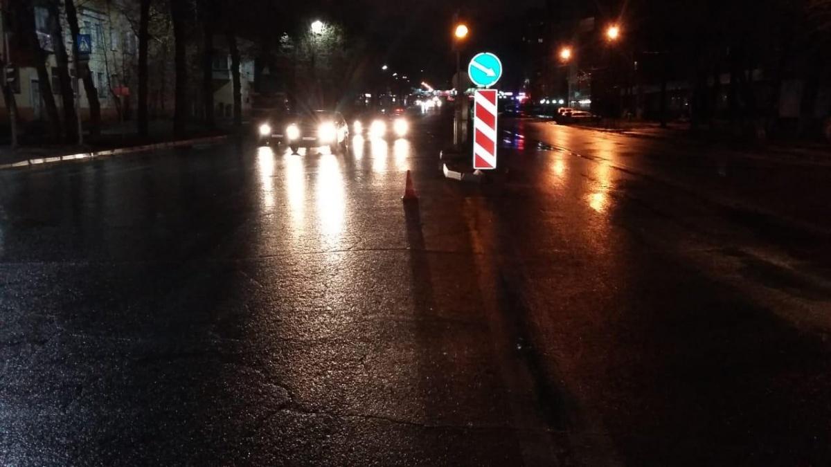 Мужчина переходил дорогу в неположенном месте
