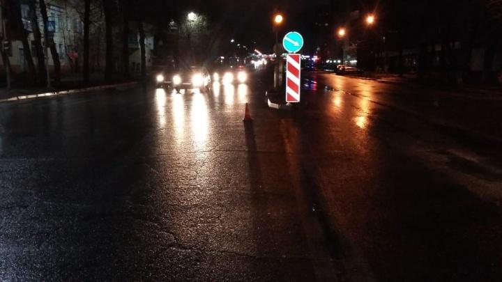 «Ниссан» сбил пешехода на Титова: мужчину увезли в больницу