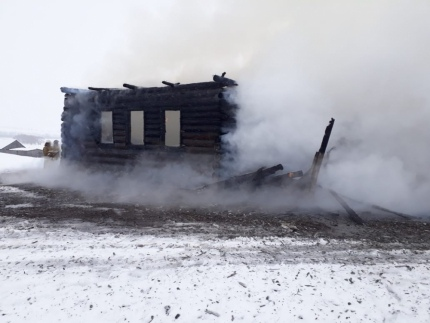 Пожар в частном доме в Башкирии попал на видео