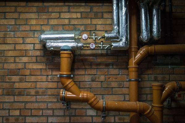 ФГУП «УЭВ» находится в ведомстве Минобрнауки, а из-за его долгов перед газовщиками Академгородок оказался под угрозой отключения горячей воды