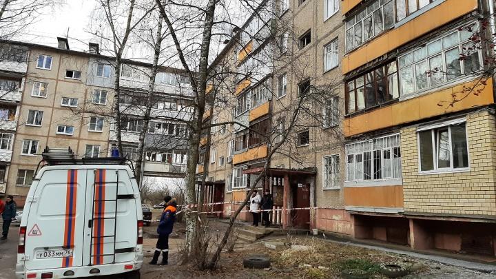 «Всё затряслось, люстры попадали»: жители дома, где взорвался газ, рассказали, что происходило ночью