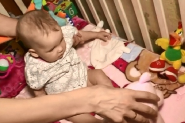 Прооперировать малышку планировали с октября по декабрь