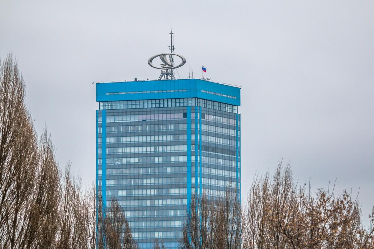 Тольяттинский автогигант наращивает продажи машин