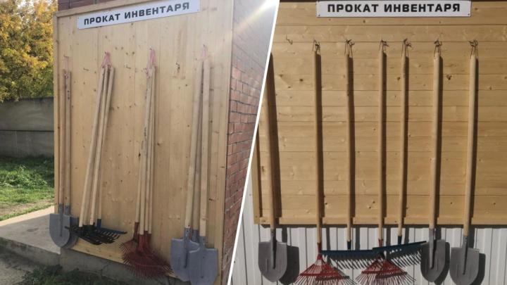 На кладбищах Бадалык и Шинное сделали прокат граблей и лопат