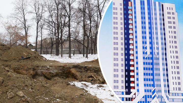 На пустыре в районе ж/д вокзала начали строить 20-этажную гостиницу с подземной парковкой