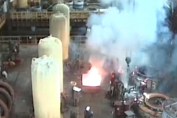 Момент взрыва попал на кадры видеонаблюдения