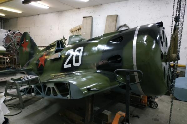 И-16 производили на заводе им. Чкалова в Новосибирске