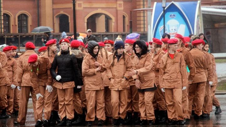 Репетируем парад без автобусов: как будет ездить общественный транспорт 7 мая