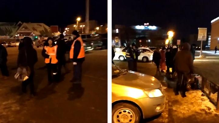 Челябинка устроила переполох: с железнодорожного вокзала ночью эвакуировали 103 человека