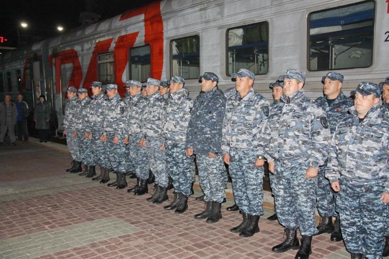 Новосибирские полицейские вернулись сослужбы наСеверном Кавказе
