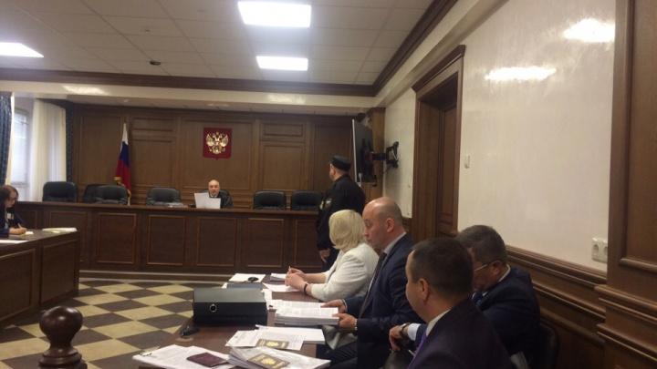Суд по мусорной реформе между жителями и тюменским правительством. Кратко в 10 предложениях