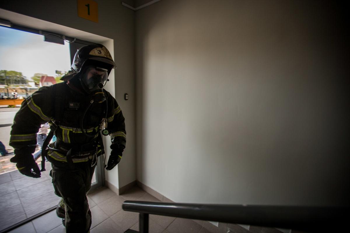 На место выезжали 6 пожарных машин
