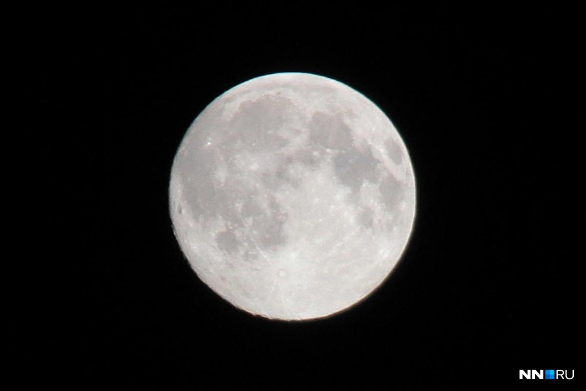 Необычную луну можно будет увидеть, только если разойдутся тучи