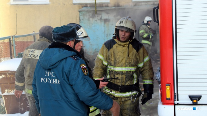 В пожаре на Химиков пострадали четверо взрослых и двое детей