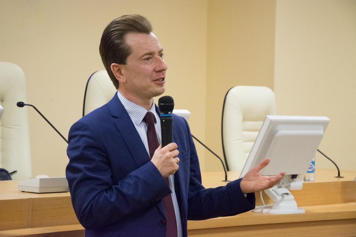 Владимир Бурматов:«Будущие специалисты в сфере политологии, студенты других направлений — это люди, которым предстоит уже сейчас заниматься администрированием процессов работы с органами государственной власти»