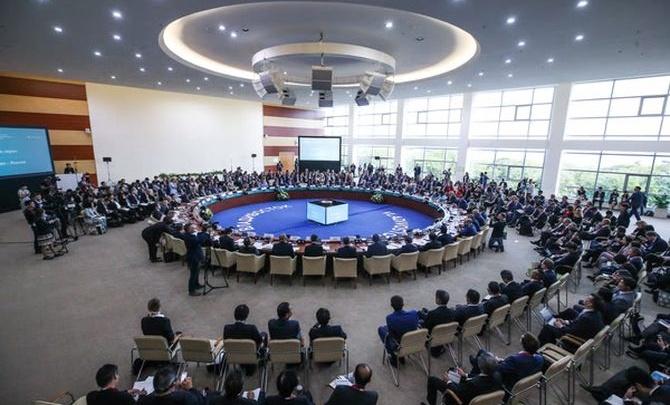 Олег Савченко: «Если чиновник не трогает денег инвестора, они расходуются эффективней»
