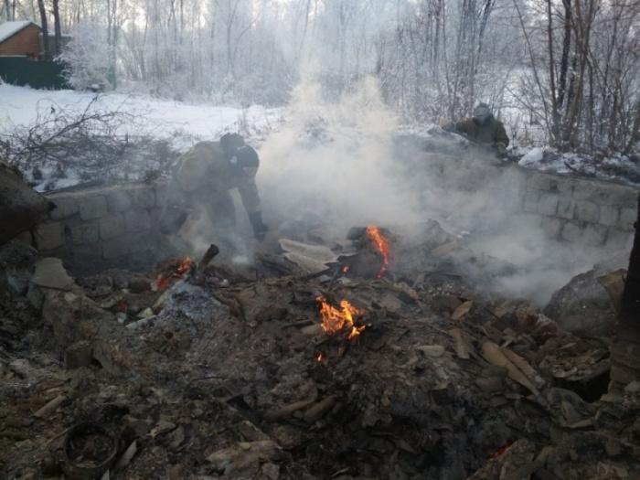 По предварительной информации, в огне погибло два человека