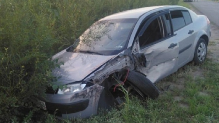 В лобовой аварии под Волгоградом пострадал девятилетний мальчик