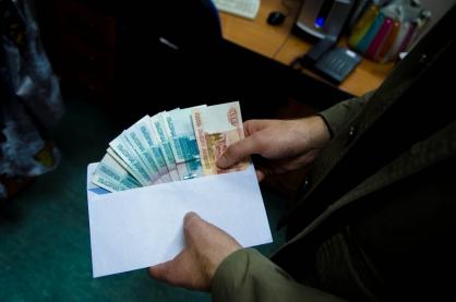 Закрыл глаза на уклонистов: в Самаре сотрудника военкомата поймали на взятке в 170 тысяч рублей