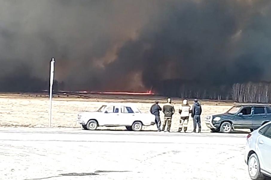 Жителей ближайших к пожару деревень предупредили о возможной эвакуации