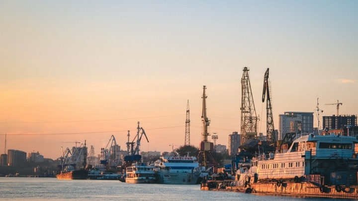 Судно, которое шло из Ростова в Турцию, затонуло в Черном море