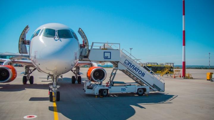 В Платове приземлился самолет с умершей на борту пассажиркой