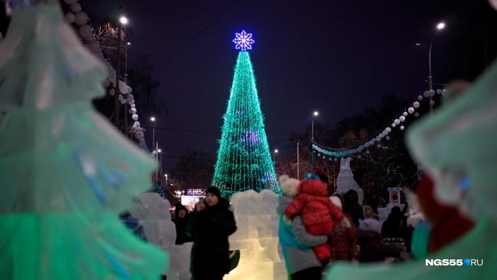Главные городские ёлки, кинопремьеры и отдых на свежем воздухе: планируем большие выходные в Омске