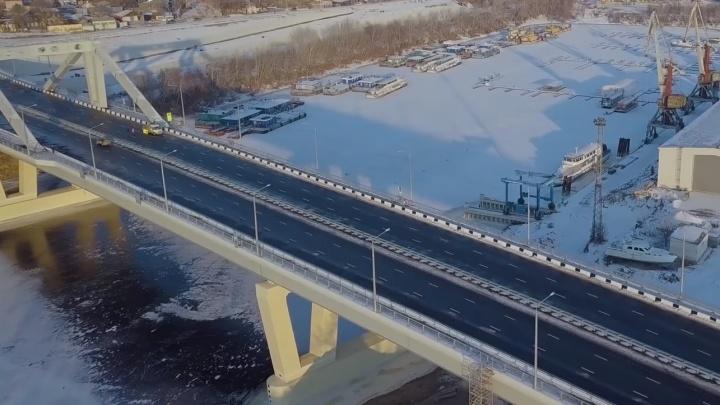Под Фрунзенским мостом нашли мужчину с разбитой головой