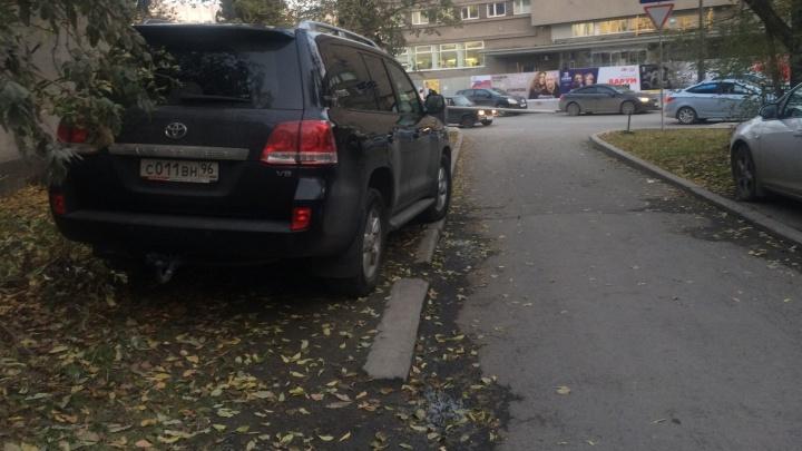 Стала известна дата, когда в Екатеринбурге начнут выписывать внушительные штрафы гряземесам