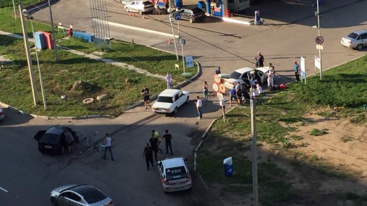 Семь человек пострадали в ДТП на левом берегу