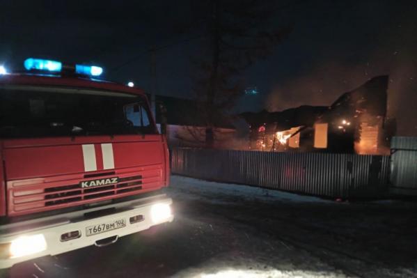 В деревне Бахтыбаево Бирского района сгорел частный дом и сарай