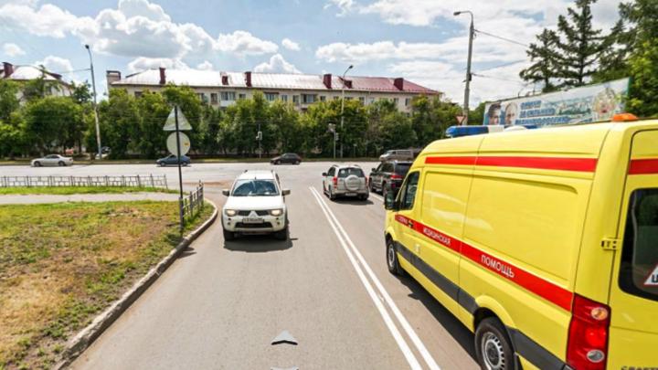На перекрёстке улиц Красный Путь и Берёзовой перенастроят светофор